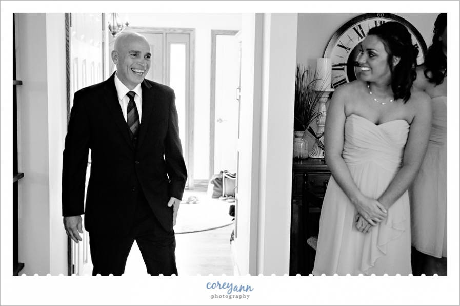 father daughter first look before wedding ceremony