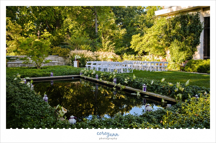 october wedding ceremony in the restorative gardens at the cleveland botanical garden