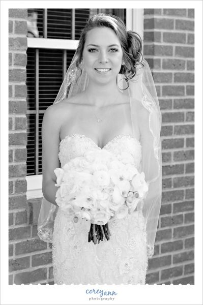 Black and white portrait of bride before wedding in Louisville Ohio