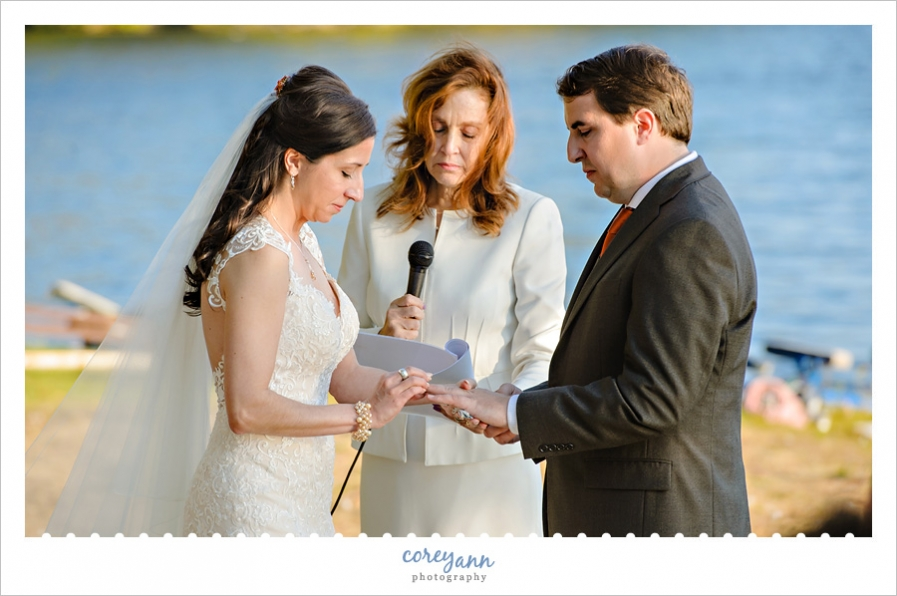 October outdoor wedding ceremony on Turkeyfoot Lake
