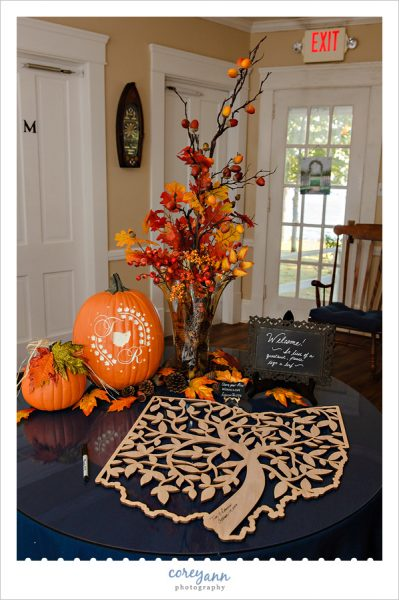October guestbook table at Turkeyfoot Island Club