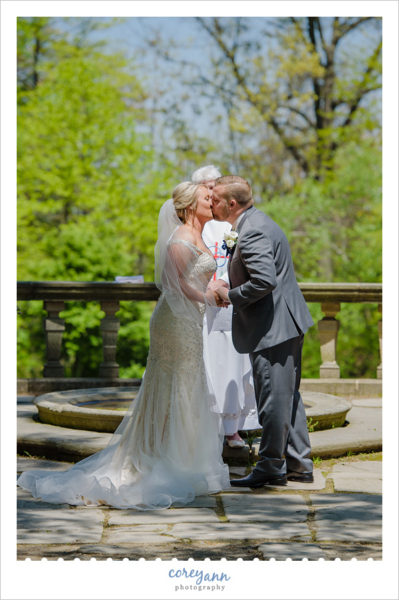 May wedding ceremony at Stan Hywet Hall and Gardens