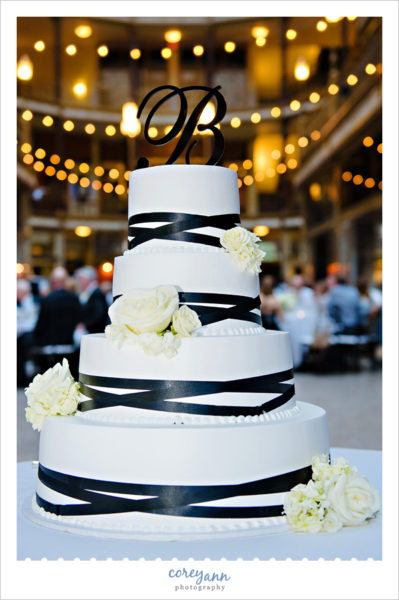 Black ribbon wedding cake in Cleveland
