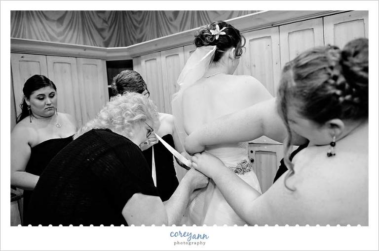 Bride getting ready for wedding at Corazon in Dublin