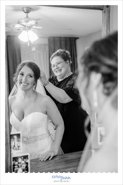 Bride Getting Ready for Cleveland Wedding
