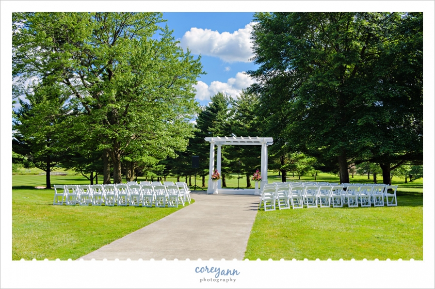 Outdoor Wedding Ceremony at Skyland Pines